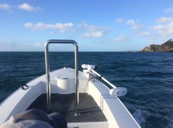 flyfishing-boat